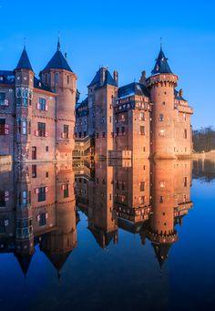 Castle de Haar, Haarzuilens, Netherlands   by Frans.Sellies