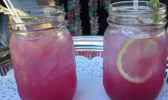 Come preparare la limonata alla lavanda per eliminare mal di testa e ansia