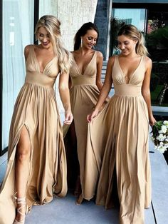 Backless Bridesmaid Dress, Indian Bridesmaid Dresses, Champagne Bridesmaid Dresses, Beautiful Bridesmaid Dresses, Wedding Dresses For Bridesmaids, Blush Bridesmaid Dresses Long, Burgundy Bridesmaid, Prom Dresses, Bridesmaid Ideas
