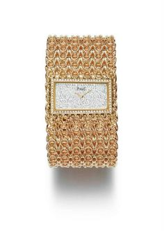 Huewe Couture Précieuse timepiece with gold chain cuff in rose gold, set with 400 brilliant-cut diamonds (approximately Piaget quartz movement. Gold Set, Pink And Gold, Rose Gold, Gold Watches Women, Watches For Men, Women's Watches, Piaget Jewelry, Online Watch Store, Expensive Watches