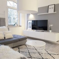 You are in the right place about Minimalist Living Room grey Here we offer you the most Living Room Decor 2018, Living Room Tv, Apartment Living, Interior Design Living Room, Home And Living, Living Room Designs, Bedroom Decor, Decor Room, Ikea Bedroom Design