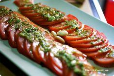 Tomates y hierbas aromáticas