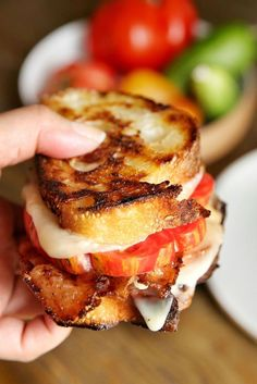 Grilled Cheese with Tomatoes and Bacon summer recipes summer recipes abendessen rezepte recipes recipes dessert recipes dinner Grilled Cheese With Tomato, Grilled Cheese Recipes, Bacon Recipes, Cooking Recipes, Grilled Cheeses, Grilled Tomatoes, Dishes Recipes, Recipes Dinner, Healthy Recipes