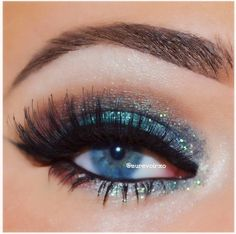 LAColor 12, Beauty Rush  Brown to Earth, Blue Diamond Glitter  (Eye Kandy's Icing)