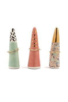 Pink Speckled Ring Cone