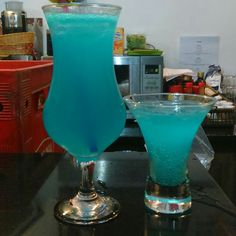 Bar Drinks, Cocktail Drinks, Yummy Drinks, Cocktails, Red Rice Recipe, Snap Food, Healthy Breakfast Recipes, Milkshake, Tequila