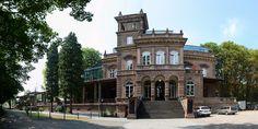 Kaiserbahnhof Brühl-Kierberg an der Eifelstrecke KSB 474 (RB 24). Der Bahnhof (1877 gebaut) diente Kaiser Wilhelm I als Zwischenstation, wofür ein extra Abstellgleis für den kaiserlichen Zug angelegt wurde. Aufnahmedatum 26.07.2014