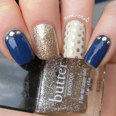 Mix and Match Gold and Navy nail art I want these nails for my wedding ideas Navy Nail Art, Navy Nails, Silver Nails, Golden Nails, Gelish Nails, Dipped Nails, Manicure E Pedicure, Halloween Nails, Nails Inspiration