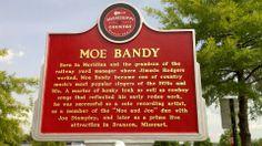 Moe Bandy, Mississippi Music Trail marker