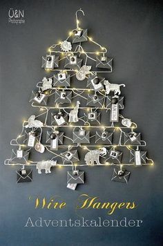Everywhere & Nowhere: Wire - Adventdskalender from wire hangers and when I tamed the wild animals (from a book, -D)