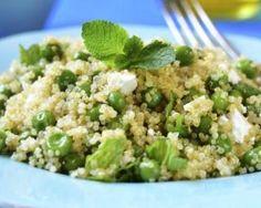 Salade de quinoa, féta et petits pois : http://www.fourchette-et-bikini.fr/recettes/recettes-minceur/salade-de-quinoa-feta-et-petits-pois.html