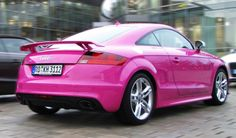 Audi TT-RS in pink ♥ Ill have one of thoes