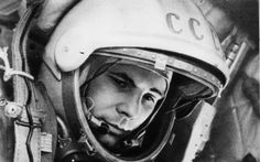Preview wallpaper yuri gagarin, first cosmonaut, ussr, 80 years old