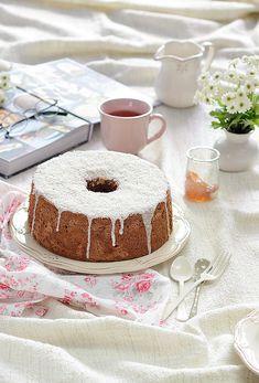 ¡Qué cosa tan dulce!: Angel food cake de chocolate con glaseado de coco