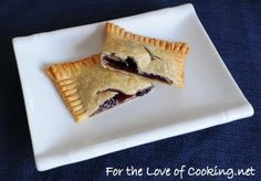 Homemade Blueberry Pop Tarts. Lillybug loves blueberries and pop tarts.