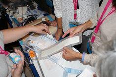 Observant material dels tallers pràctics #vjornadesaificc