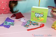How to make American Girl Doll Fruit Roll-Ups. This doll craft is fun and easy to make. Our dolls love their Fruit by the Foot doll candy becasue it is just . American Girl Food, American Girl Doll Room, American Girl House, American Girl Birthday, American Girl Crafts, Crafts For Girls, Diy For Girls, Doll Crafts, Diy Doll