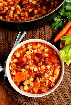 Olive Garden Copycat Recipe -- Pasta e Fagioli soup