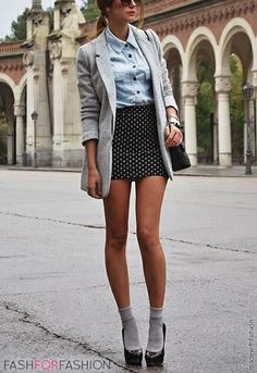 Grey oversized blazer,denim blouse,high-waited polka skirt, grey socks and heels.
