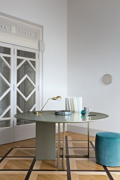 Plinto Table XW by Meridiani | Meeting room tables
