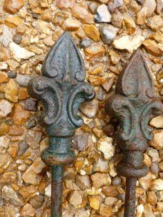 Set of 85 Antique Victorian Railings - Finials 6214