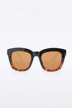 Chunky Frame Sunglasses in Black Tortoiseshell - Urban Outfitters