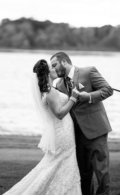 Waldenwoods Resort Wedding Photography - Sarah and Louis