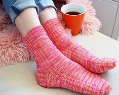 Ravelry: Arcadia Socks pattern by Jo-Anne Klim Arm Knitting, Knitting Socks, Knitting Patterns, Crochet Patterns, Knit Socks, Knitting Ideas, 400 M, Needle Gauge, Fingering Yarn