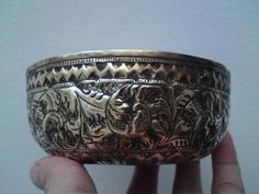 19th century Indian / Burmese Repoussé and chasing floral pattern brass bowl