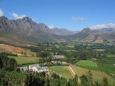 Places to visit and eat at on a road trip in the Cape Winelands of South Africa, passing towns such as Stellenbosch and Franschhoek. Great Places, Beautiful Places, Provinces Of South Africa, South African Wine, Cape Town South Africa, Africa Travel, Countries Of The World, Luxury Travel, Scenery