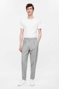 Relaxed turn-up trousers http://www.99wtf.net/young-style/urban-style/mens-denim-shirt-urban-fashion-2016/