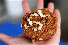 Whole Wheat Vegan Carrot Cake Muffins from fANNEtastic Food