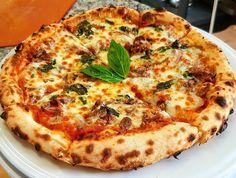 Ever had a roast beef & pesto pizza?  @azzurripizzeria has them  http://ift.tt/23bB4X0 #yyc #calgary #yyceats #yycfood #foodyyc #yycfoodie #eatdrinkplayyyc #captureyyc #foodies #foodporn #gastropostyyc #403photogang #calgaryfood #sharecalgary #socalitycalgary #instagood #picoftheday