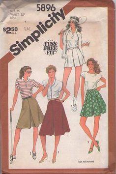 MOMSPatterns Vintage Sewing Patterns - Simplicity 5896 Vintage 80's Sewing Pattern FAB Fuss Free Fit Sporty Pleated Flared Wide Leg Tennis Shorts, Golf Culottes, Split Skirt Shorts Size 10