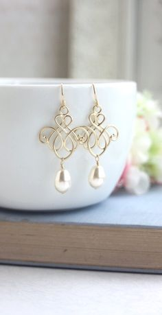 Wedding Earrings Gold Pearl Venetian Moroccan Chandelier Earrings. by Marolsha -  https://www.etsy.com/listing/249604458/wedding-earrings-gold-pearl-venetian?ref=shop_home_active_16&ga_search_query=pearl%2Bearrings