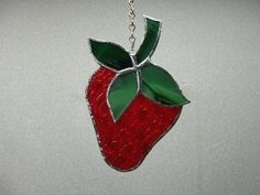 STRAWBERRY STAINED GLASS SUNCATCHER by diane Hoens