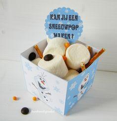 Frozen olaf traktatie snack box om zelf te printen