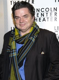 Fresh from filming the final episodes of Showtime's The Big C, Emmy and Tony nominee Oliver Platt happily takes in a Broadway opening night.(© David Gordon)