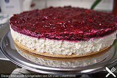 Fantakuchen mit Roter Grütze, ein schmackhaftes Rezept aus der Kategorie Kuchen. Bewertungen: 5. Durchschnitt: Ø 4,0.