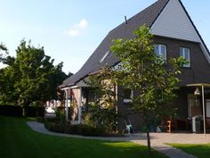 Ferienhaus Birnie Bad Bentheim Ferienhaus Birnie is a holiday home featuring a garden with a sun terrace, located in Bad Bentheim. The property is 17 km from Enschede and free private parking is provided. Free WiFi is featured .