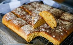 ANNONS Bread Recipes, Cake Recipes, Fika, Food Cakes, Bread Baking, French Toast, Food And Drink, Breakfast, Heart