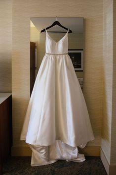 f1f2c8e5fd2 Robert Bullock  Opal  size 4 used wedding dress - Nearly Newlywed