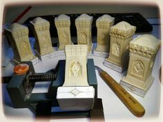 Chess, Levis, Bookends, Home Decor, Gingham, Decoration Home, Room Decor, Home Interior Design, Home Decoration