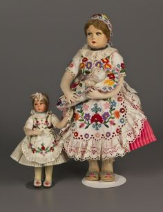 Mother and girl Hungarian doll so pure Folk Costume, Costumes, Bisque Doll, Flora, Spirit, Houses, Magic, Fantasy, Pure Products