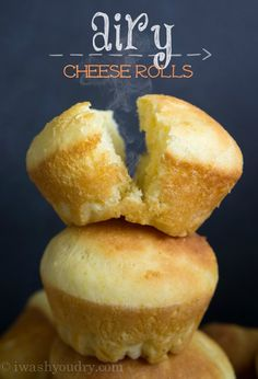 Airy Cheese Rolls Recipes Airy Cheese Rolls are deliciously light and fluffy on the inside, and have that baked cheddar aroma that draws you in from outside. Bread Recipes, Baking Recipes, Muffins, Cheese Rolling, Yummy Food, Tasty, Snacks, Dessert, Bread Rolls