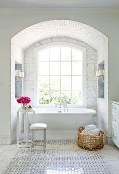 Bathroom Tile Designs, Bathroom Renos, White Bathroom, Bathroom Marble, Bathroom Interior, Bathroom Remodeling, Bathroom Wall, Remodel Bathroom, Concrete Bathroom