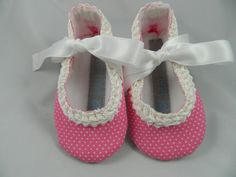Girl's Pink Baby Polka Dot Shoes  69 by sugarcookiebabyshoes, $20.00