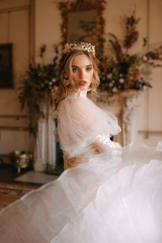 English Estate Wedding - Came House ~ Crimson Letters Country Wedding Inspiration, Wedding Shoot, Wedding Dresses, Countryside Wedding, Photography And Videography, Beauty Editorial, Wedding Vendors, Cl, Flower Girl Dresses