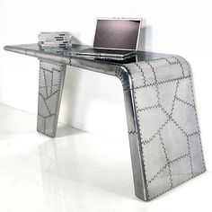 Alu Patchwork #desk #buro #airplane #design #wing #work #object