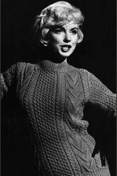 Marilyn Monroe Old, Marilyn Monroe Artwork, Viejo Hollywood, Old Hollywood, Hollywood Actresses, Pin Up, Lets Make Love, Patrick Willis, Angelina Jolie